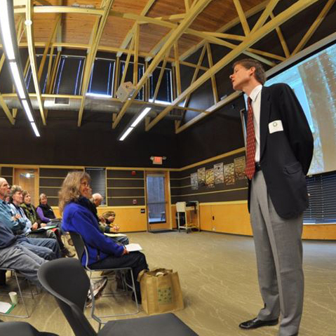 Keynote Speaker Rob Naczi answers questions from attendees.